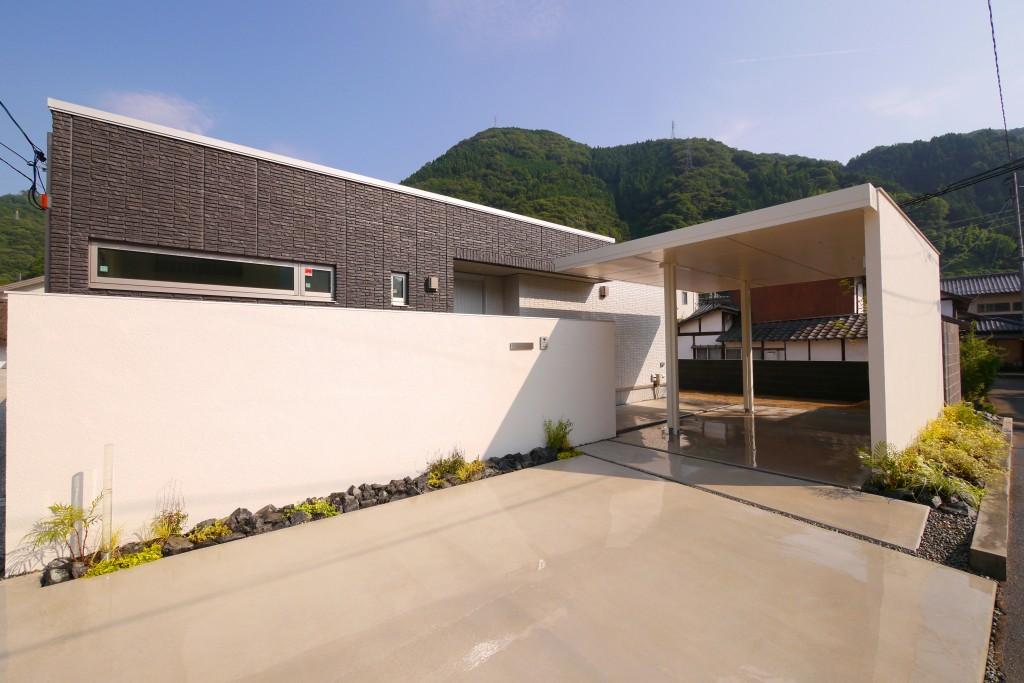 LIXILプラスGカールーフ 岡山